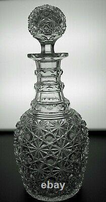 ABP CUT GLASS CRYSTAL DECANTER WithA PATTERN CUT STOPPER IN RUSSIAN PATTERN