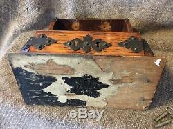 Antique Victorian Oak Tantalus Cut Glass 2 Crystal Decanter Set Locking With Key