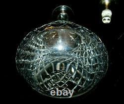 T. G Hawkes ABP Cut Glass Delft Diamond 12 Wine Decanter Sterling Silver Stopper