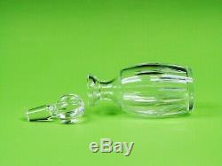 Waterford Spirit Decanter with Stopper Cut Crystal Special Characteristics 10.5